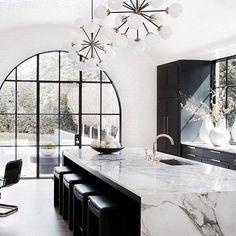 Top Three Kitchen Trends of 2018 Modern Kitchen Design Kitchen Top Trends Home Decor Kitchen, Interior Design Kitchen, Interior Decorating, Kitchen Ideas, Kitchen Joinery Ideas, Kitchen Inspiration, Interior Inspiration, Space Kitchen, Modern Home Interior Design