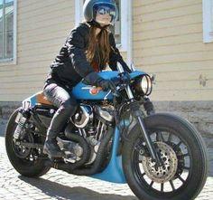 """Blue"" Custom Harley-Davidson XL 1200S Sportster 1991-2003 by Federico Motors   Clip-on handlebars   One-off exhaust system   Cut-off rear fender struts   One-off seat cowl #harleydavidsonsportsterwomen"