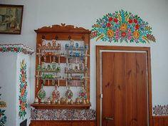 Zalipie - malowany kredens