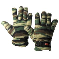 @ShopAndThinkBig.com - WildWood full fleece gloves. These gloves are not only great looking but are also super comfortable. The soft fleece provides the cushion and heat you need for those fall and winter months. In addition, these gloves have a full camouflaged design great for the outdoors. Another feature is the adjustable velcro slip in the wrist for the perfect fit. http://www.shopandthinkbig.com/camouflaged-fleece-gloves-p-692.html