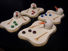 Melting Snowmen Cookies by death by cupcake, via Flickr