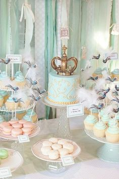 Crown topper and macaroons! This would be cool for a bridal or baby shower or a birthday party.