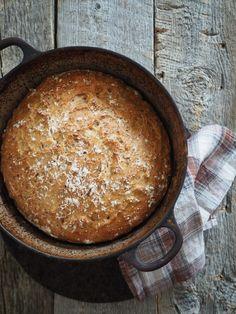 Eltefritt speltbrød Cornbread, Baking, Ethnic Recipes, Mat, Millet Bread, Bakken, Backen, Corn Bread, Sweets