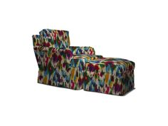 Shop for Hickory Chair St. Charles Swivel Glider, 2601-28, and other Living Room Chairs at Hickory Chair in Hickory, NC. Standard Cushion: Spring-Down