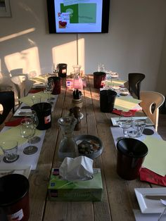 De unieke wijnspijsopleiding van twee avonden die grandioos aansluit op bijvoorbeeld het Wijnvignet, basiswijncursus of het wijnbrevet!