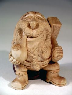 Setting Up Shop – Hand Power Tools – The Woodworking Shop Dremel Wood Carving, Wood Carving Art, Wood Art, Wood Carvings, Wood Carving Designs, Wood Carving Patterns, Chain Saw Art, Chip Carving, Wooden Figurines