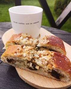 Mandalskringla! – H J E M M E L A G A Norwegian Food, Cheesesteak, I Love Food, Food And Drink, Favorite Recipes, Bread, Baking, Ethnic Recipes, Danish