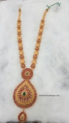 New collection gold haram designs - Fashion Beauty Mehndi Jewellery Blouse Design Gold Chain Design, Gold Bangles Design, Gold Earrings Designs, Necklace Designs, Jewelry Design, New Gold Jewellery Designs, Gold Haram Designs, Gold Designs, Gold Jewelry Simple