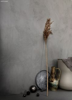 Min färginspiration just nu (Daniella Witte) Accent Colors, Wall Colors, Neutral Colors, Brown Walls, Grey Walls, Jotun Lady, Lime Paint, Wall Wallpaper, Beautiful Interiors