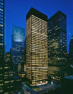 Seagram Building - NYC - 1954 - International.