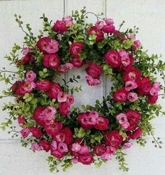 Gorgeous Pink Ranunculus Summer wreath Spring by WaysideFlor.- Gorgeous Pink Ranunculus Summer wreath Spring by WaysideFlorals Gorgeous Pink Ranunculus Summer wreath Spring by WaysideFlorals - Wreath Crafts, Diy Wreath, Wreath Ideas, Tulle Wreath, Corona Floral, Outdoor Wreaths, Deco Originale, Spring Door, Deco Floral