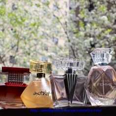 We're rounding up our favorite fragrances & want you to weigh in! Comment below and tell us your signature scent