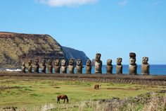 Moai at Ahu Tongariki (Easter island, Chile) Chili, Cities, Mysterious Places, Easter Island, Great Barrier Reef, South America, Statues, Places To See, Monument Valley