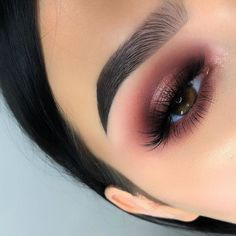 Check out these amazing wedding makeup looks! Check out these amazing wedding makeup looks! Check out these amazing wedding makeup looks! Sexy Eye Makeup, Makeup Eye Looks, Eyeshadow Makeup, Pink Eyeshadow, Prom Makeup For Brown Eyes, Red Makeup, Makeup Brushes, Brown Eyeshadow Looks, Drugstore Makeup