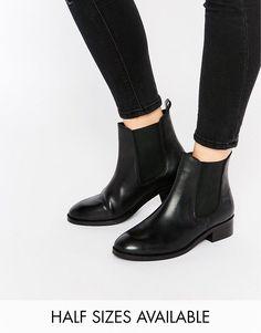 Bild 1 von ASOS – ATTRIBUTE – Chelsea-Ankle Boots aus Leder