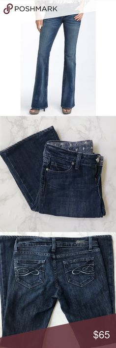 """[Paige] Laurel Canyon Bootcut Jeans High quality denim jeans. Worn a couple of times and in excellent condition. No major flaws or defects.  Medium wash with front fading design. Waist laying flat approx 14"""", rise approx 7"""", inseam approx 30.5"""", hem 8.5"""". Paige Jeans Pants Boot Cut & Flare"""