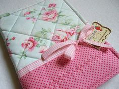 capa de caderno com retalhos de tecido - Pesquisa Google
