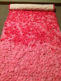 Flower Petal Aisle, Rose Petals Wedding, Wedding Flowers, Church Wedding Decorations, Wedding Church, Church Flowers, Trendy Wedding, Wedding Ideas, Wedding Blog