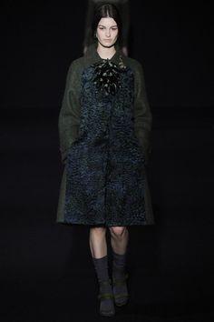 Alberta Ferretti Collection Slideshow on Style.com