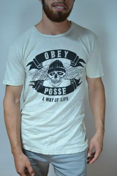 """Camisa marca OBEY """"OBEY POSSE A WAY OF LIFE"""""""