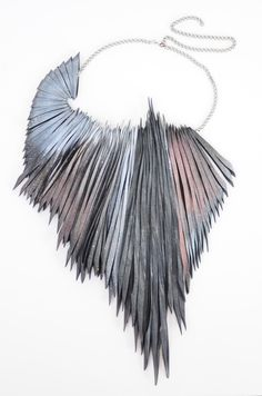 Emma Ware - Palm neckpiece - rubber - awsome!! can something similar be made out of paper?