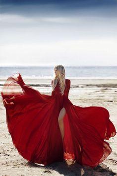 Red rose II by Natasha Smirnova / Fashion Photography Inspiration, Photoshoot Inspiration, Red Flowy Dress, Foto Cowgirl, Pernas Sexy, Beach Photography Poses, Shotting Photo, Flowing Dresses, Fashion Poses