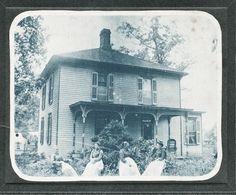 1890's VICTORIAN WOMEN/BEAUTIFUL HOME