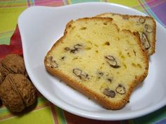 Bizcocho de nata y nueces Banana Colada, Sweet Recipes, Cake Recipes, Cheesecake, Plum Cake, Easy Bread, Almond Cakes, Tea Cakes, Cookies And Cream