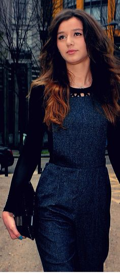@eleanoorjcalder is just absolutley an amazing person, she has a heart of gold and she gorgeous. Flawless just Flawless