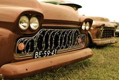 Rat rod barbed wire grill