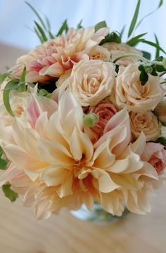 cafe au lait dahlias and champagne roses | claredayflowers.ca
