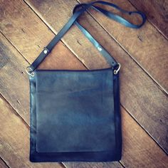 2ND HAND | Stunning Black Country Road 100% Leather Shoulder Bag with 2 Compartments (excellent condition). $45 available online through Facebook/Instagram/eBay or contact info@twicethelove.com.au xx