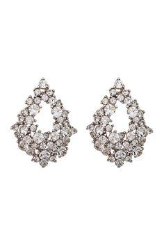 Vackert droppformade örhängen dekorerade med Swarovski-kristaller. Den eleganta öppna formen på örhängen gör dem enkla att bära varje dag. Matcha med Miranda armband och ring för en komplett look.