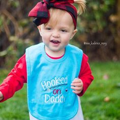 """IN STOCK Boutique Embroidered baby bib """"hooked on daddy"""""""