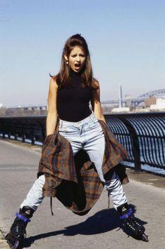 sarah michelle gellar 90's grunge