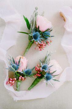 Lief! Ik ben verliefd! | Corsages | Roze | Blauw | Rood | #trouwen #bruiloft #corsages