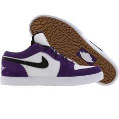 best sneakers de9da 3079f Air Jordan Retro V1 (club purple  black  white) Jordan Retro, Air