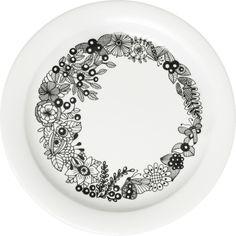 Piilopaikka by Piia Keto Black And White Artwork, Ceramic Tableware, Plates And Bowls, Inspirational Gifts, Innovation Design, Decoration, Dinnerware, Scandinavian, Decorative Plates