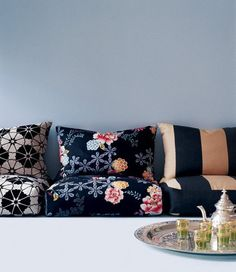 Spring Patterns from Jane Churchill: English Eclectic Style love the Japanese cushions but not the striped or the moroccan teaset, just looks wrong to mix. Floor Seating, Lounge Seating, Extra Seating, Modul Sofa, Bedroom Seating, Futons, Ideias Diy, Floor Cushions, Floor Couch