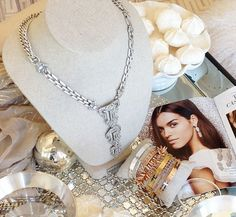 All your Holiday Trunk Show inspiration in one place – say hello to your new arrivals!