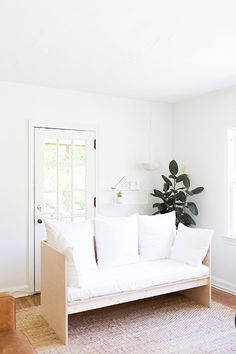 at home with: ayla gurganus of soulflowers. / sfgirlbybay