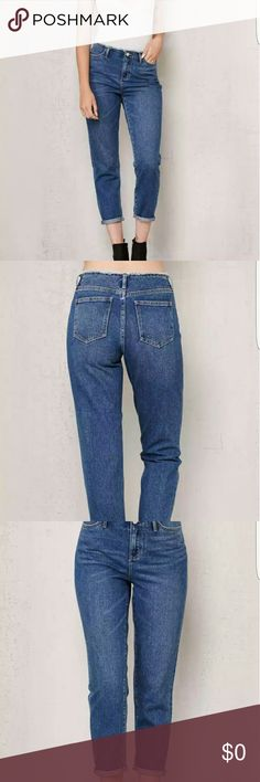 ISO Trade size 27 Jeans for 24/25 or Buy Im looking to trade these new Pacsun Jeans:  *Size 27  *new, only tried on   *Pacsun Savanna Blue Blue Frayed Waist Mom Jeans  *Bought these for $54.95 not including shipping    Looking for :  *Size 24 or 25 mom jeans      IF NO ONE WANTS TO TRADE THESE ARE AVAILABLE FOR SALE SO I CAN USE THE MONEY TO PURCHASE A PAIR Jeans Boyfriend