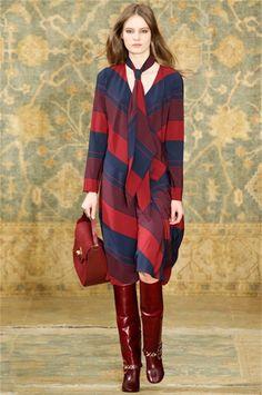 Camicia con fiocco, come indossarla? - Vogue.it