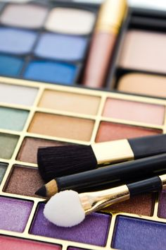 How To Apply Everyday Makeup In Minutes