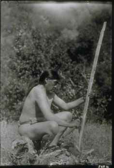 """✯ Ishi, considered the last Native American to make contact with European Americans, emerged from the wilderness of northeastern California on Aug. 29, 1911 ..Ishi means """"man"""" in the Yana language.✯"""