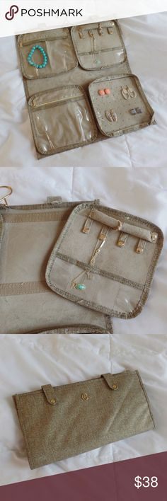 CC Hanging Travel Jewelry Case/ Organizer 🌻Great Condition 🌻This makeup organizer is extremely similar to the ones sold by Kendra Scott Charming Charlie Bags Cosmetic Bags & Cases