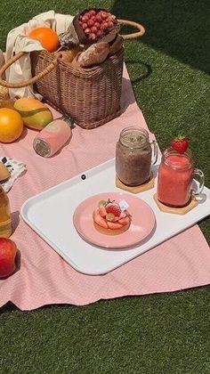 아이폰배경화면 36 텀블러 심플 : 네이버 블로그 Nature Aesthetic, Summer Aesthetic, Aesthetic Food, Aesthetic Vintage, Aesthetic Photo, Pink Aesthetic, Aesthetic Pictures, Aesthetic Pastel Wallpaper, Aesthetic Backgrounds