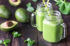 Avocado and spinach smoothies by on PhotoDune. Avocado and spinach smoothies Protein Smoothies, Avocado Smoothie, Green Protein Smoothie Recipe, Smoothie Legume, Smoothie Proteine, Weight Loss Smoothies, Spinach Smoothies, Bone Broth Smoothie, Meal Replacement Shakes Homemade