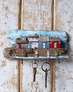 5 Creative Tricks: Wood Working For Beginners Shops wood working for beginners s - wood working gifts Painted Driftwood, Driftwood Art, Beach Crafts, Diy And Crafts, Arts And Crafts, Driftwood Projects, Diy Projects, Deco Marine, Kids Wood
