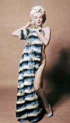 Marilyn Monroe by Bert Stern Joven Marilyn Monroe, Rare Marilyn Monroe, Marilyn Monroe Photos, Model Tattoo, Bert Stern, Norma Jeane, Up Girl, Angelina Jolie, Vintage Beauty